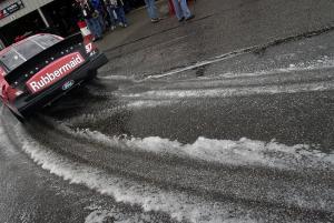 Rain thwarts Stewart's Busch Series bid.
