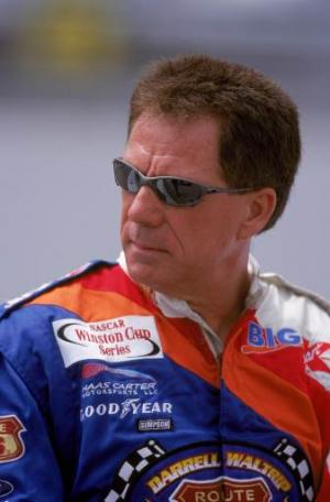 Waltrip points to simplified caution flag rule.