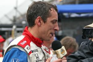 'Fastest man' Wilson thwarted by late Indy 500 caution