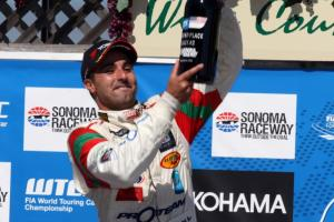 Bennani dedicates rostrum to King of Morocco