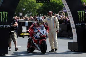McGuinness retains number one plate for Isle of Man TT