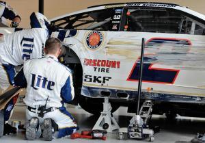 Goodyear warns teams over Kansas tyre failures