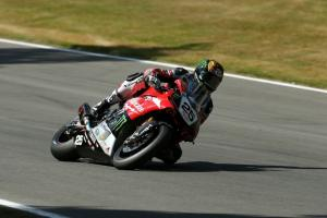 Brookes grabs first win of 2015 as Byrne and Easton crash