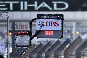 Final GP2 race of 2015 cancelled after huge first lap crash