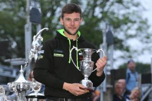 Leading TT Privateer Hegarty joins Top Gun Racing