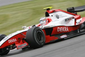 Champion Hulkenberg eases to fifth win