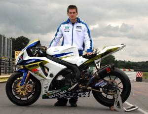 Tommy Hill signs for Worx Crescent Suzuki.