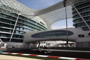 Horner: Abu Dhabi 'reminds me a lot of Silverstone'