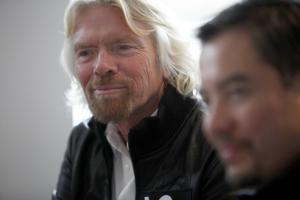 Branson admits Virgin 'at a major disadvantage' in F1 2010