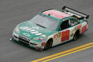 Earnhardt snags pole for Atlanta Cup race