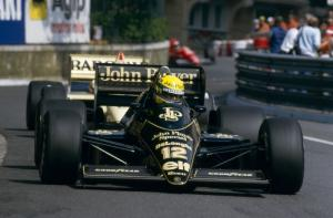 Fans to have say as Lotus goes back to black