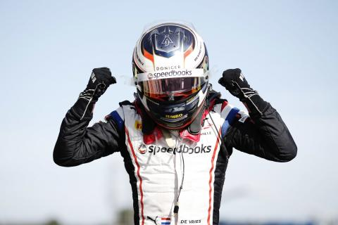 De Vries takes F2 points lead with France feature race win