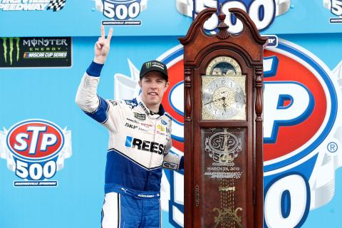 Keselowski crushes the field at Martinsville