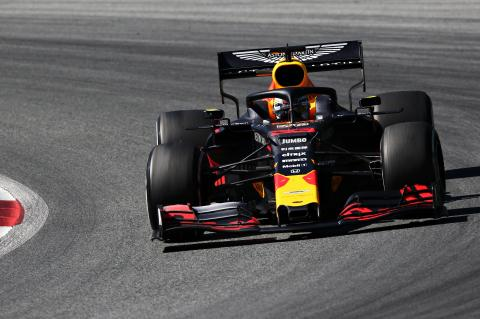 Verstappen takes controversial Austria win after late Leclerc contact