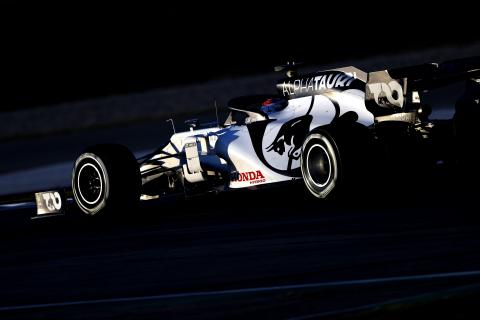 F1 teams approve radical cost-cutting measures