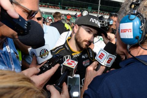Hinchcliffe ends hopes of securing Indy 500 seat