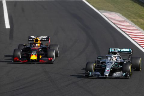 Hamilton impressed by Red Bull-Honda's progress