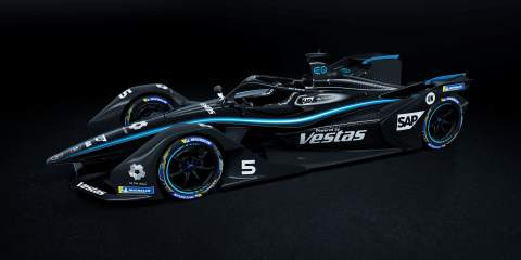 Mercedes switches to all-black livery in Formula E too