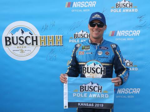 Kevin Harvick leads SHR sweep of top two rows at Kansas