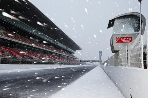 When motorsport meets the snow!