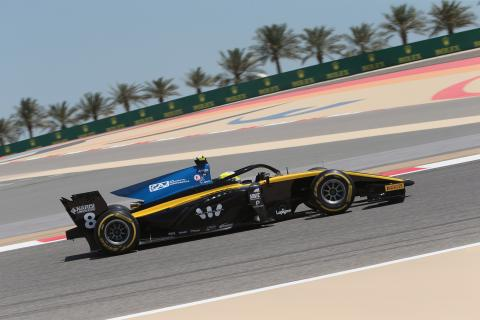 Ghiotto takes maiden F2 pole in Bahrain