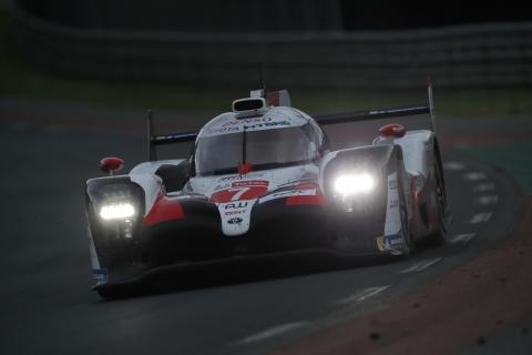 #7 Toyota staying strong at Le Mans as Maldonado crashes out