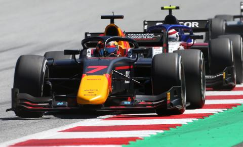 Tsunoda holds off Zhou for maiden F2 pole in Austria