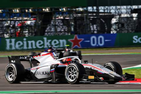 FIA F2 Silverstone - Feature Race Results