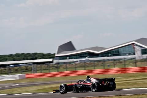 Ilott claims home pole position at Silverstone in Formula 2
