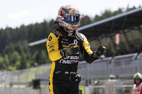 Markelov wins, Russell takes F2 points leadfrom Norris