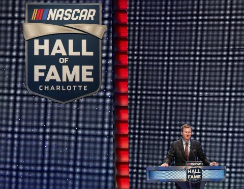 Dale Earnhardt, Jr. and family survive plane crash in Tennessee