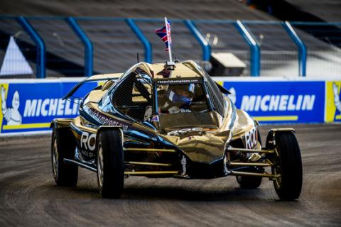 Coulthard claims second Race of Champions title in Riyadh