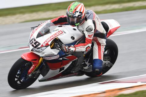 Nicky Hayden claims debut WSBK victory