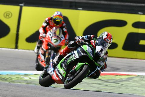 Jonathan Rea and Davies, Race1, Assen WSBK 2017