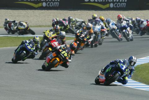 Pedrosa Leads At Start, Spanish 250GP Race, 2005