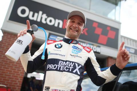 Turkington dominates for a 50th career BTCC win