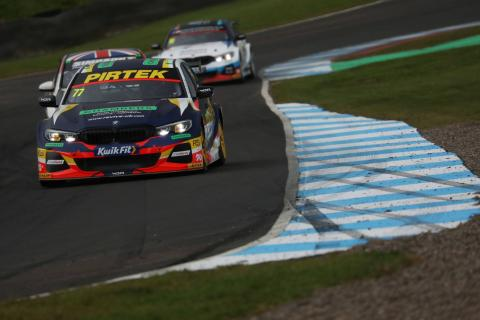 Jordan wins as points leader Turkington hits trouble