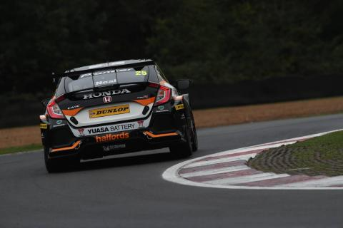 Neal penalised for Turkington contact