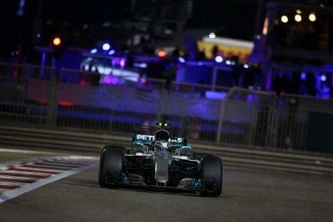 Bottas ends F1 season with controlled Abu Dhabi victory