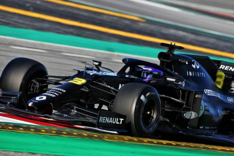 Ricciardo sends Renault top as F1 testing pace ramps up
