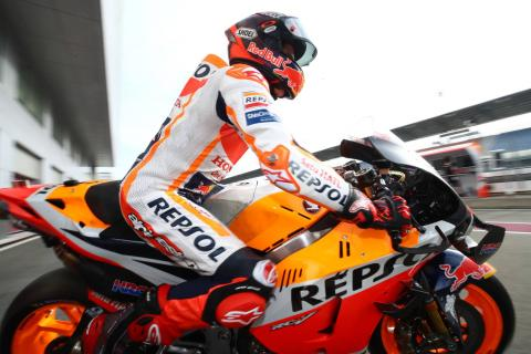 """Marc Marquez would win on any other motorcycle"" - Giacomo Agostini"