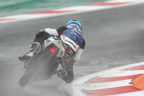 Smith claims maiden World Supersport pole despite fall