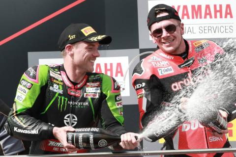 Lowes beats Rea to take World Superbike points lead