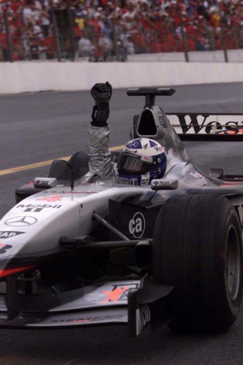 Brazilian GP 2001 - DC wins as Montoya lucks out.