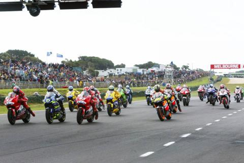 Rossi wins Island thriller - despite penalty!