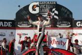 Hamlin dominates at Darlington for Xfinity win