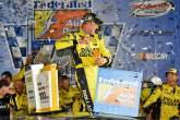 Kenseth dominates as Chase field set at Richmond