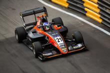Verschoor defeats Vips for Macau GP victory