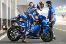 Suzuki rules day one at Qatar test