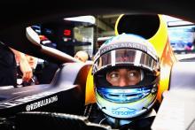 Ricciardo edges Hamilton in Germany FP1